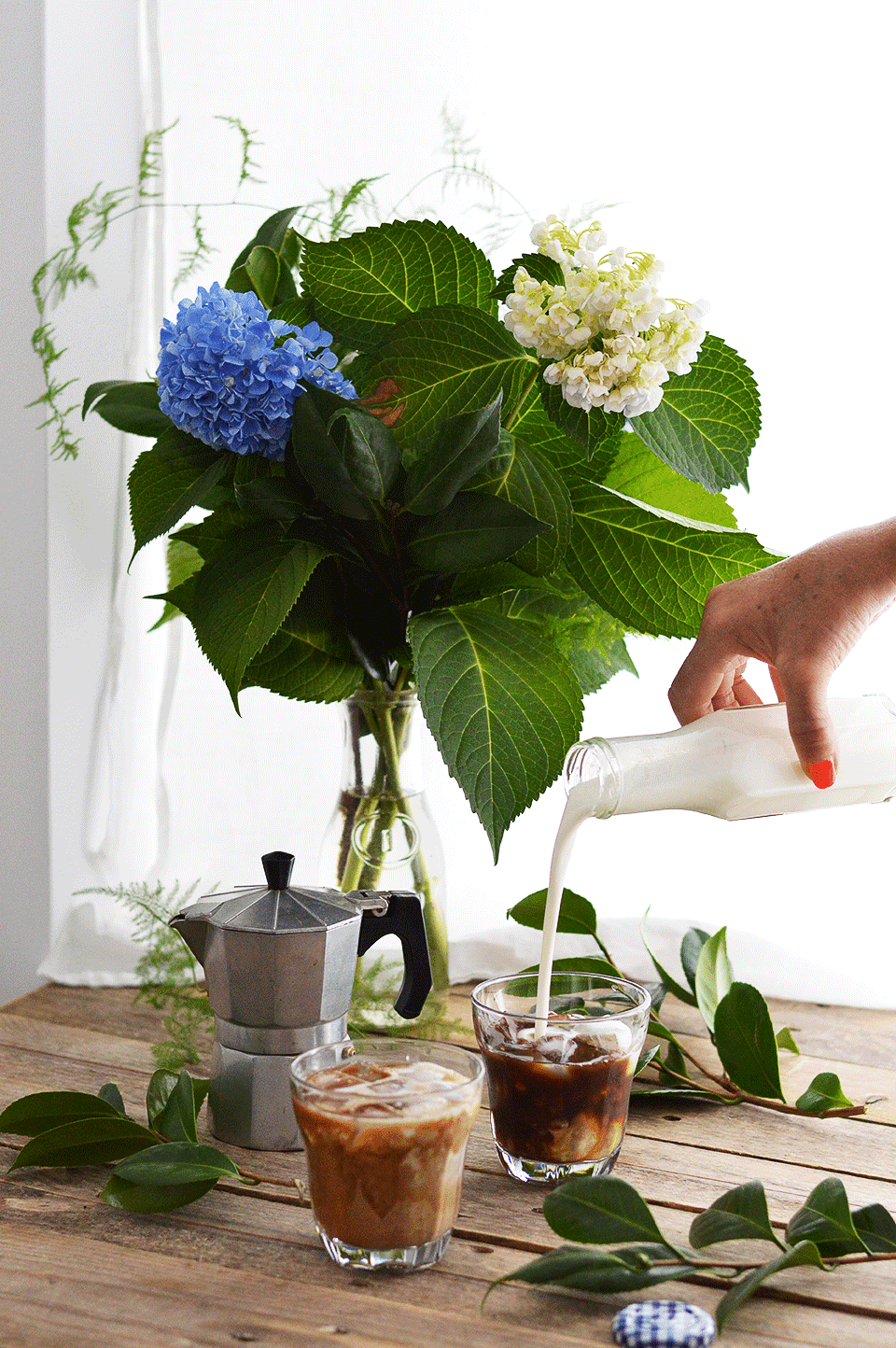 Coconut Iced Coffee | https://oandrajos.blogspot.com