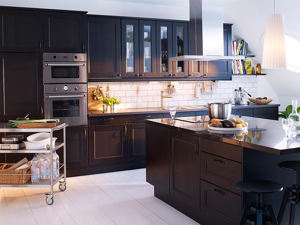 white kitchen cabinets black floor hyttelivet p 229 gamatun valg av kj 248 kken 28694