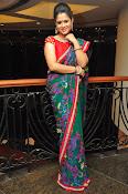 Shilpa Chakravarthy New sizzling photos-thumbnail-5