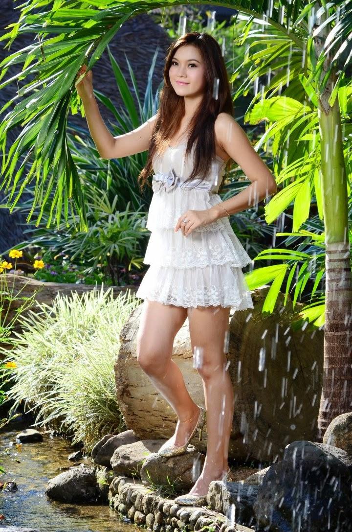 Khin Thazin  Myanmar Famous Models-8531