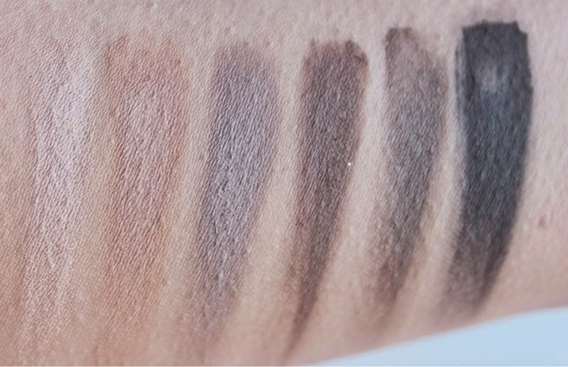 Naked Basics Eyeshadow  Palette by Urban Decay #17