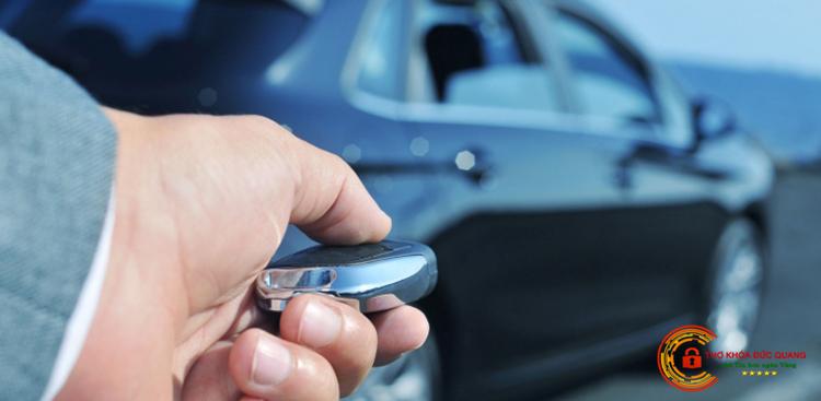 Dịch vụ làm chìa khóa ô tô tận nơi uy tín, giá rẻ nhất