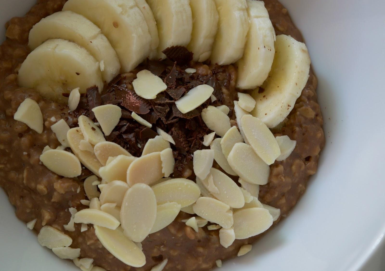 dark chocolate oatmeal - chocolate banana oatmeal