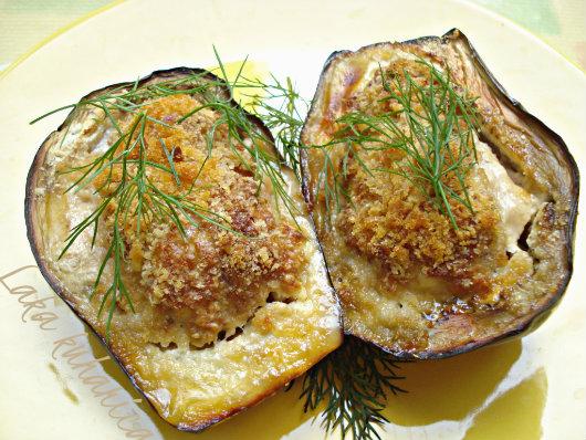 Mediterranean eggplants by Laka kuharica: cheesy, aromatic and easily prepared.
