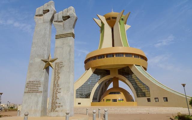 Ouagadougous Monument has two names