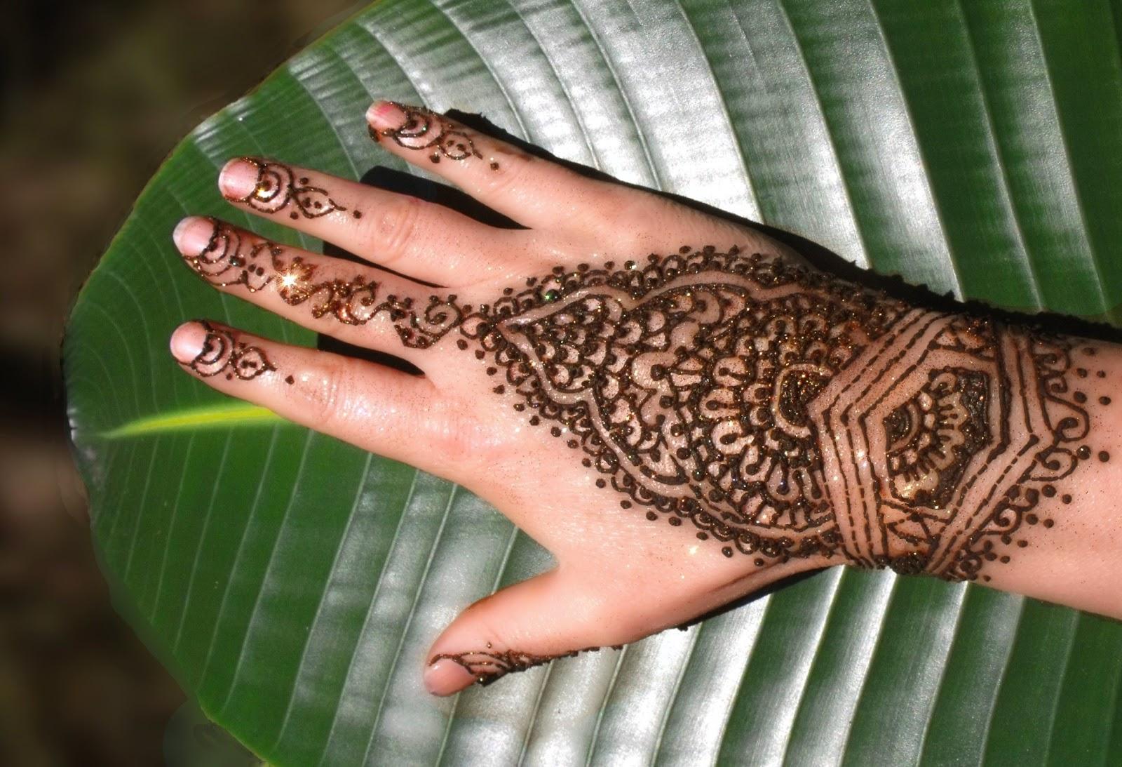 henna tattoo designs for hands joy studio design gallery best design. Black Bedroom Furniture Sets. Home Design Ideas