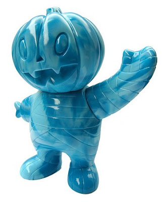Black Friday Blue SSSSwirl Pumpkin Boy by Super7
