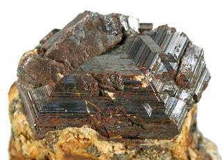 rutilo estructura cristalina | foro de minerales