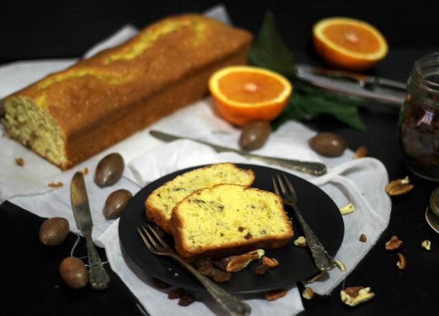 cake all'arancia, uvetta e noci