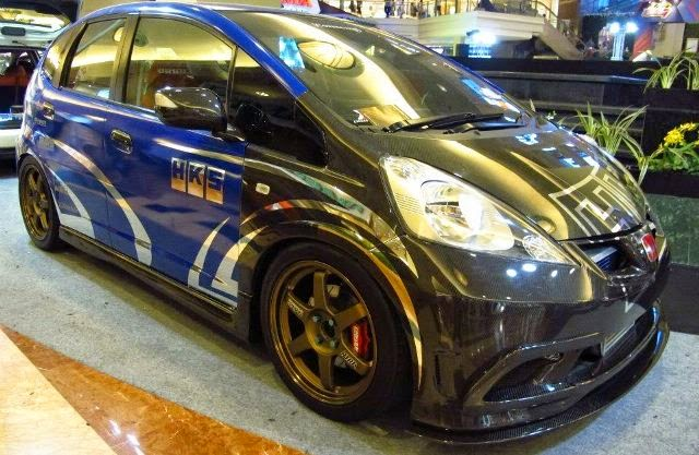 Mobil Honda Jazz RS sport