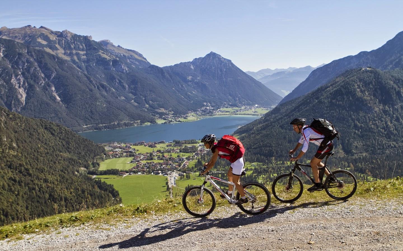 El ciclismo con amigos, disfruta de este deporte