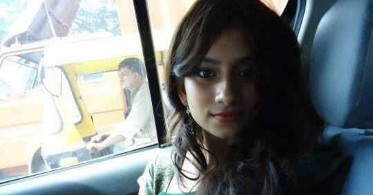 pakistani girl in car
