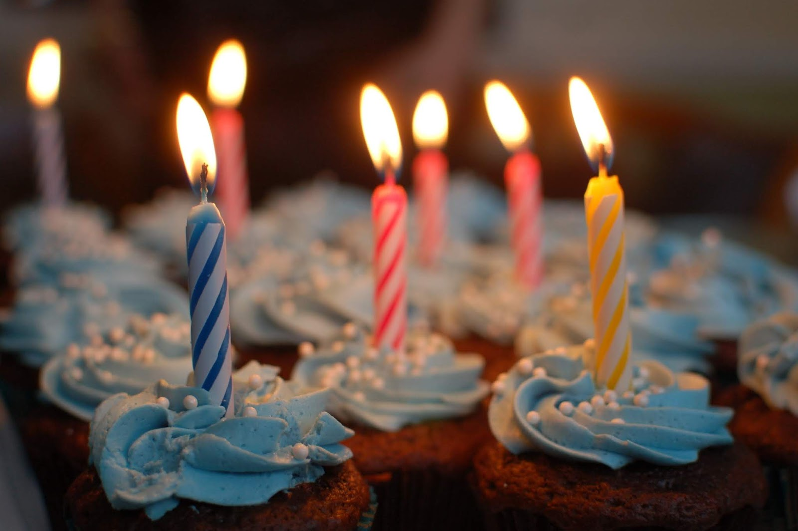 Ucapan Happy Birthday Bahasa Inggris dan Indonesia
