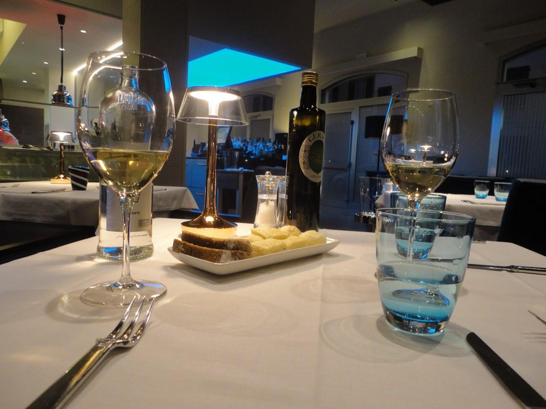 I viaggi di raffaella ferrara tra cucina e soggiorno - Pulizia cucina ristorante ...