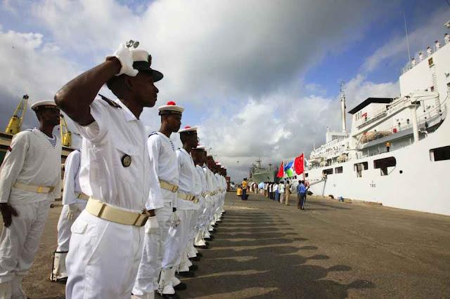 Djibouti da as boas-vindas à marinha vermelha.