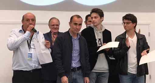 La remise des prix avec Léo Battesti, André Rasneur, Namig Guliyev, Jules Moussard et Maxime Lagarde - Photo © Chess & Strategy