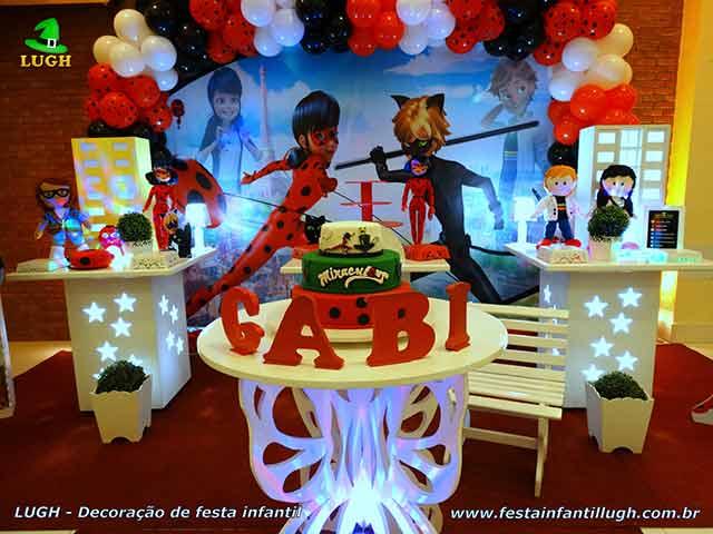 Mesa decorativa provençal tema Ladybug - Cat Noir - Miraculous - Festa infantil