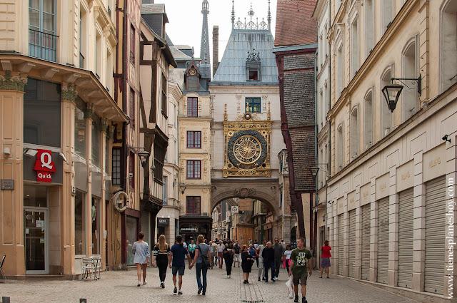 Le Gros Horloge Ruan Rouen viaje Normandía turismo capital