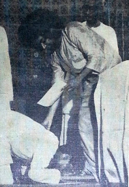 The Newsweek (1969) editorial article on Sri Sathya Sai Baba
