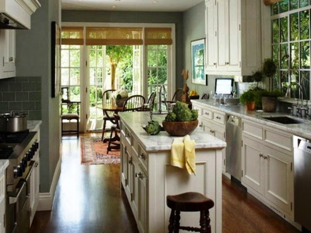 wall color for grey kitchen cabinets