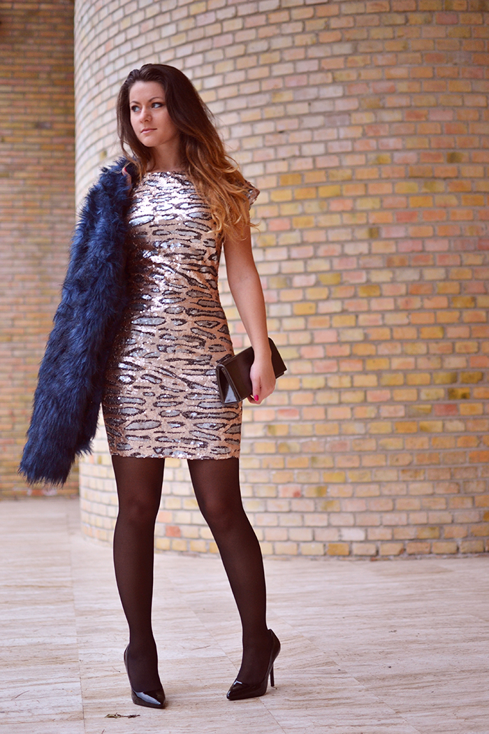 Fabulous Dressed Blogger Woman Nicoleta