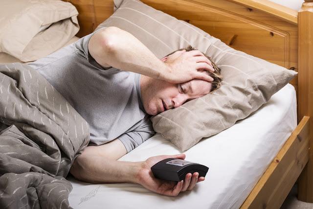 tidur tidak teratur dapat menyebabkan sakit kepala