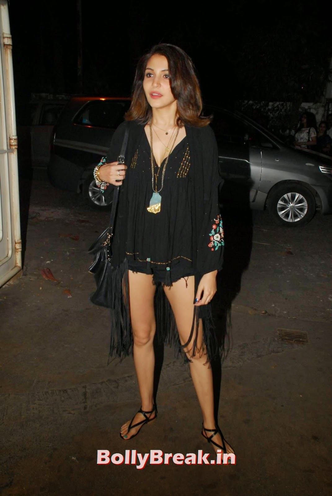 , Anushka Sharma Hot HD Photos in Black Dress & shorts
