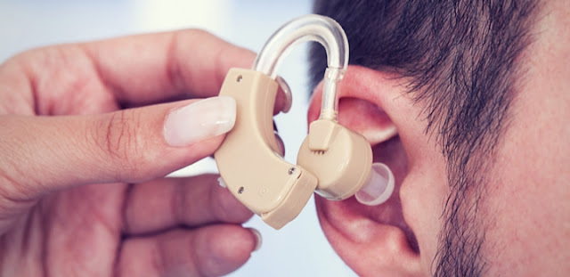HOW TO CLEAN THE HEARING AIDS