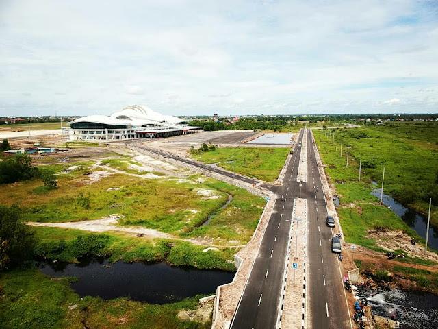 terminal baru bandara tjilik riwut palangkaraya dari udara