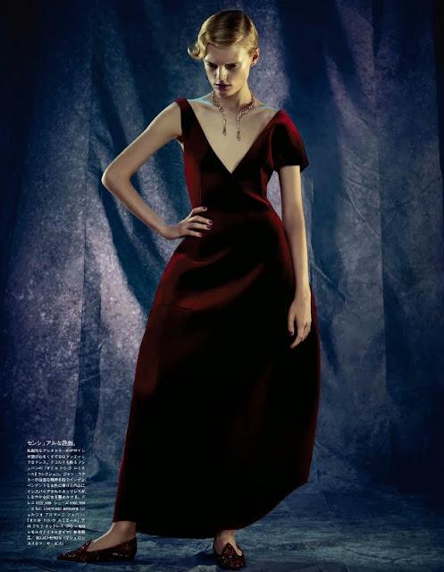 Editorial Fashion | Hanne Gaby Odiele glams con abiti Emporio Armani