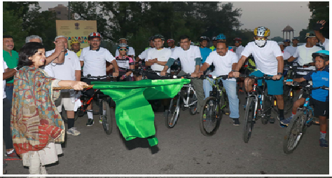 ourism-secretary-flaggs-off-cycle-rally-paramnews