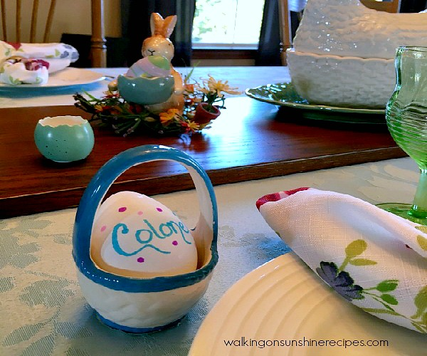 Easter Eggs Place Cards DIY Project - Thursday's Tip from Walking on Sunshine Recipes