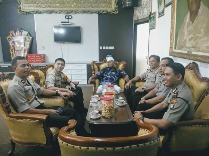 Sat Binmas Polres Jakbar Laksanakan Anjangsana ke Ponpes Assidiqiyah
