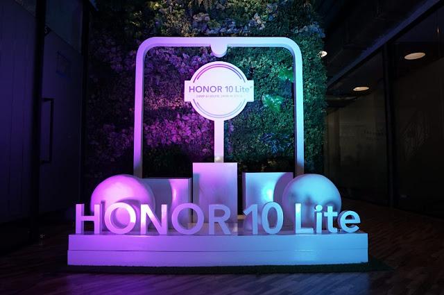Honor 10 Lite, Smartphone Canggih untuk Selfie