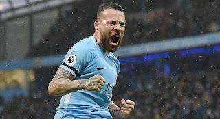 5 Bek dengan Poin Tertinggi Fantasy Premier League Musim 2017/2018