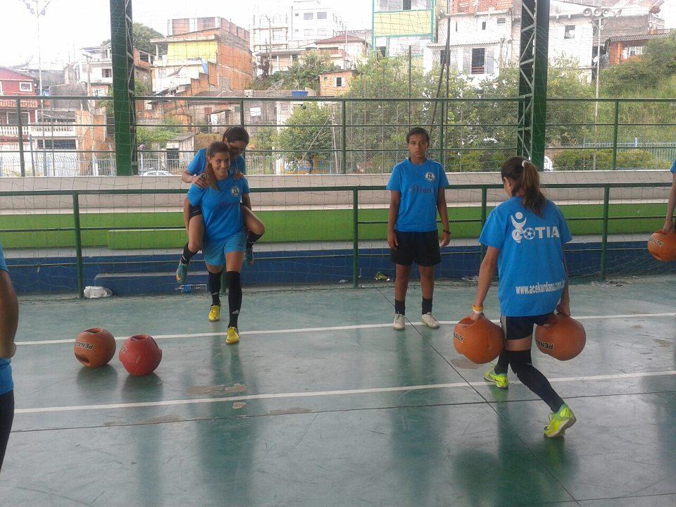 Associação Cultural Esportiva Kurdana - Cotia (SP)  2013 3ce5549db468b
