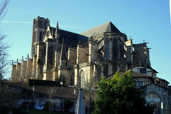 limoges quartier cité cathédrale saint-étienne