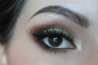 green brown smokey eye with false lashes