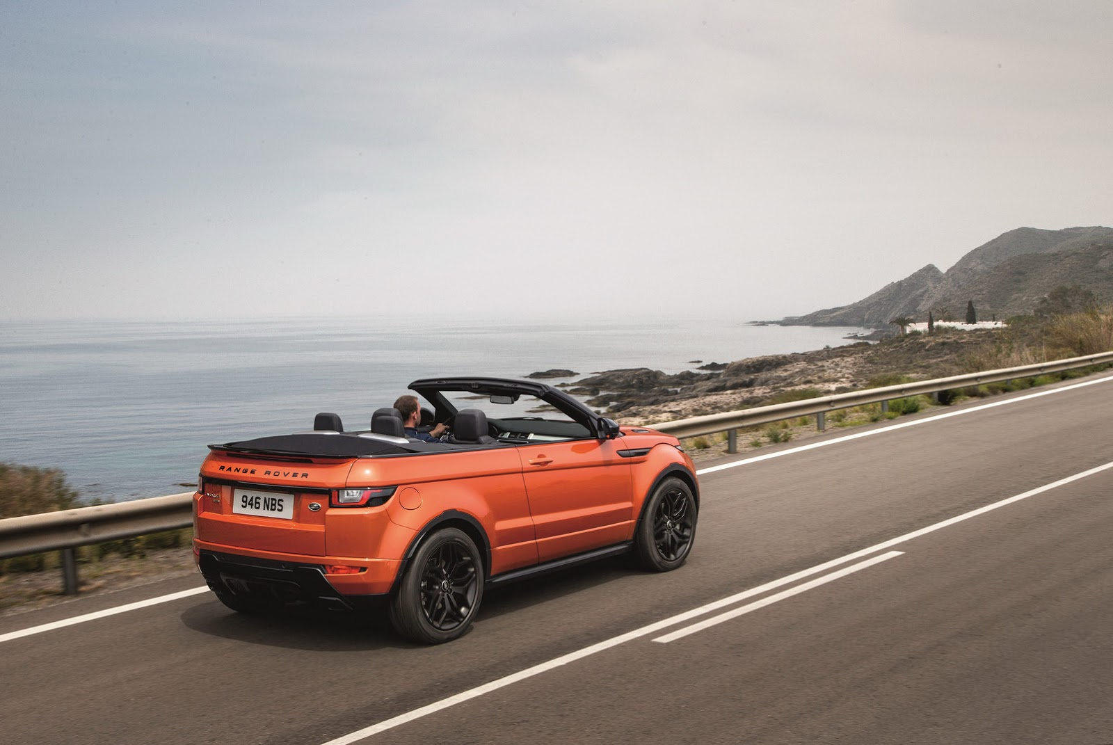 this is range rover s 2017 evoque convertible priced from 50 475 55 pics videos. Black Bedroom Furniture Sets. Home Design Ideas