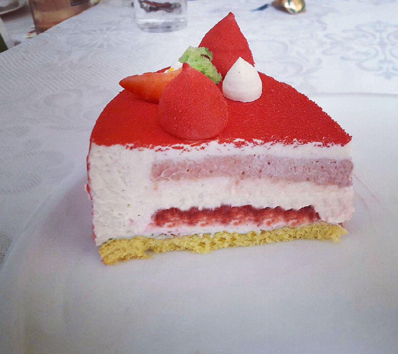 Recette De Fraisier De Cyril Lignac aux fourneaux avec flo: fraisier de cyril lignac et benoît couvrand