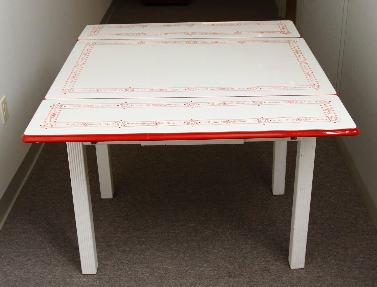 Grandma S Attic Auction Catalogue Vintage Porcelain Enamel Top Table By Epco 1940 S 1950 S