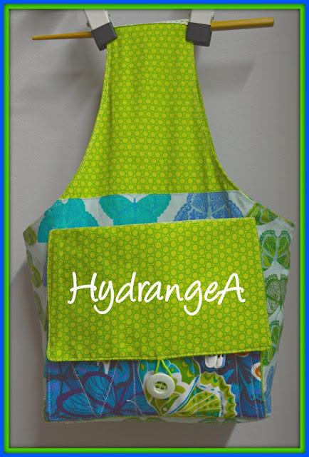 Bolsa en tela para guardar lanas, agujas, ganchillos, etc, todo lo necesario para hacer crochet