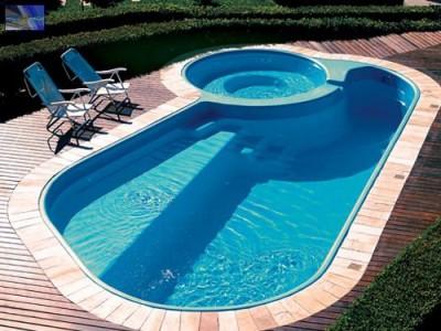 Sonhar com piscina um