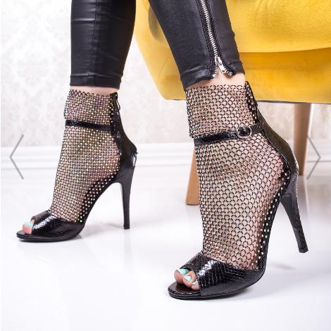Sandale cu toc dama negre cu plasa fashion la moda vara 2020