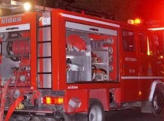 Πυρκαγιά τα μεσανύχτα σε εργοστάσιο επίπλων στο Σέσκλο Βόλου