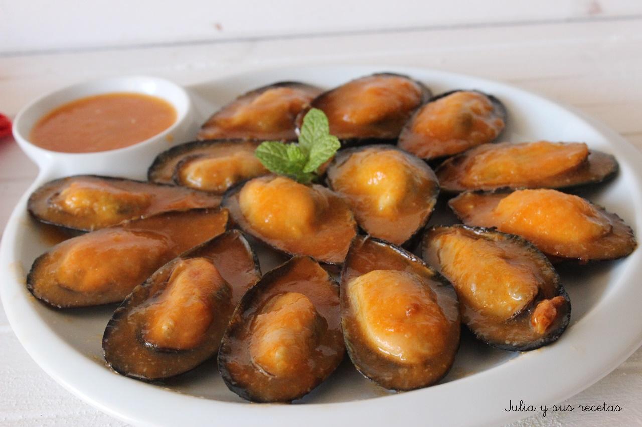 Julia y sus recetas mejillones en salsa picante for Cocinar mejillones en salsa