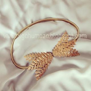 http://olgahumaza.blogspot.com.es/2015/01/f12-cinturon-hojas-doradas-laurel.html