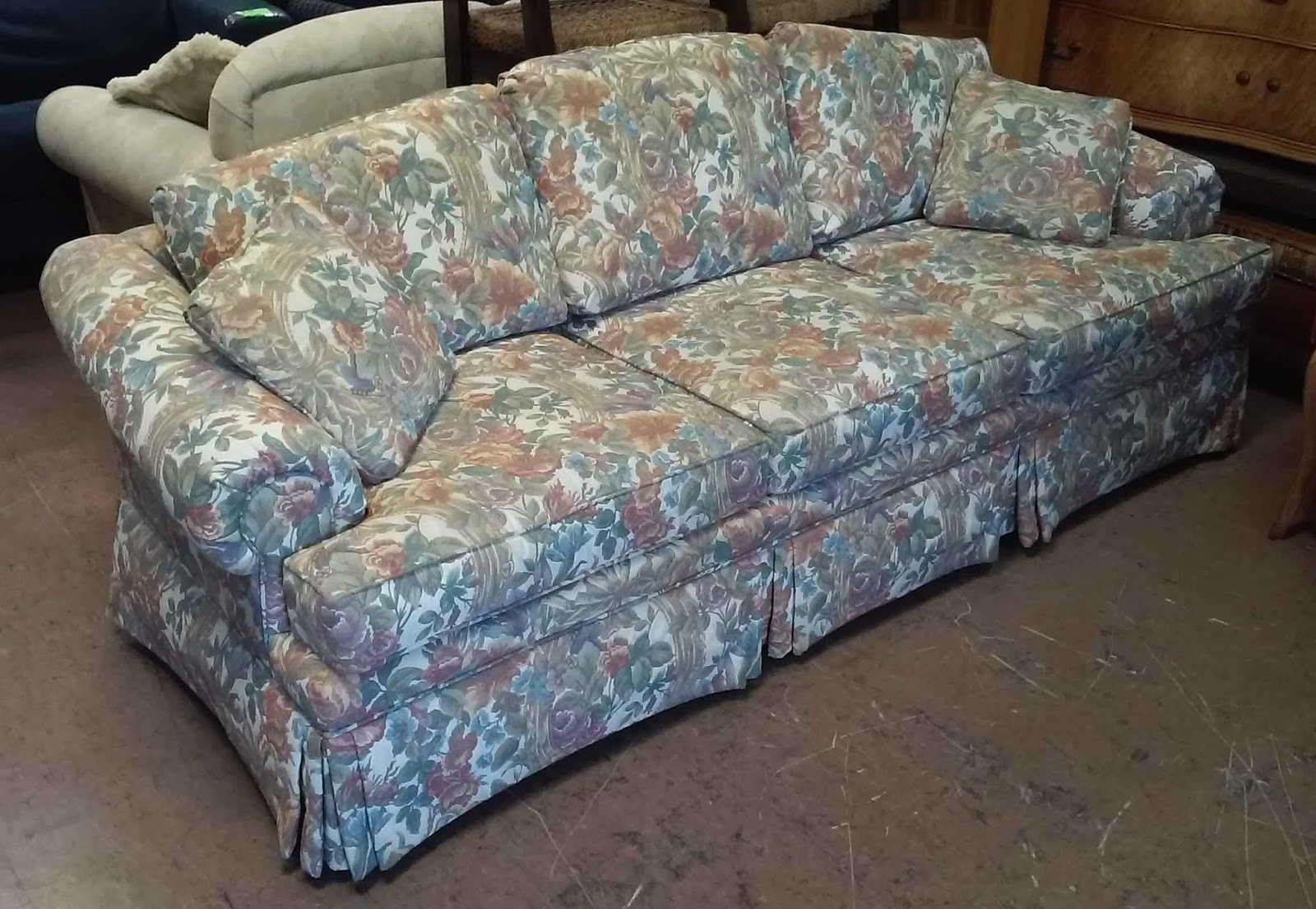 SOLD Ethan Allen Full Sized Floral Sofa   $110