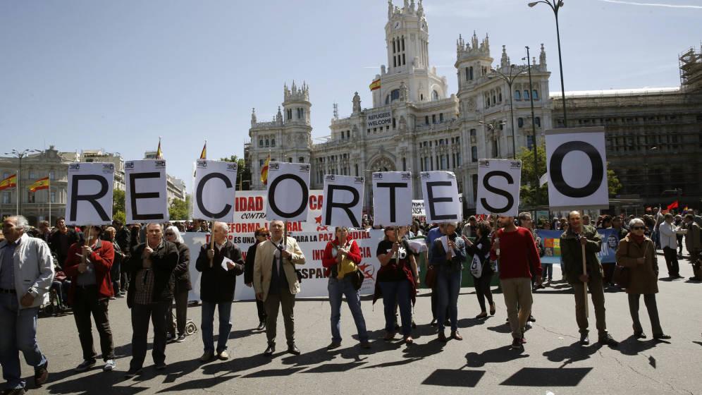 Desde el mirador de javaloys el gobierno explota a los - Trabajo desde casa madrid ensobrando ...