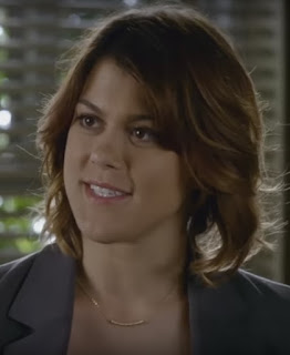 "PLL Paige (Lindsey Shaw) wearing Dogeared Balance Tube Bar necklace in gold episode 7x11 ""Playtime"""
